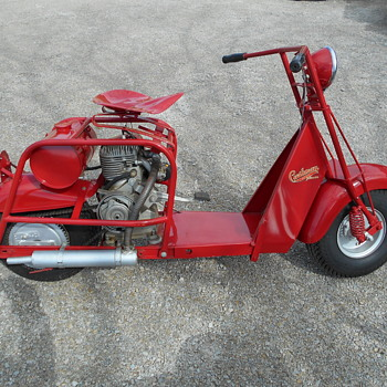 1953 Cushman 711 Highlaner - Motorcycles