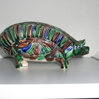 my birth pig - Art Pottery