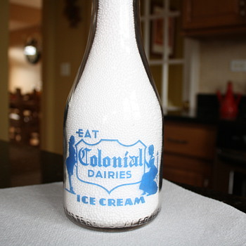 A Local Favorite....1940 Colonial Dairy-St Charles, ILL TRPQ - Bottles