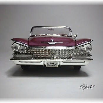 1959 Buick Electra 225 Convertible Diecast for ho2cultcha - Model Cars