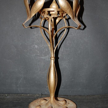 Art Nouveau iron Lamp