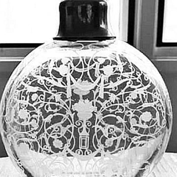 Baccarat Michelangelo Perfume - Art Glass