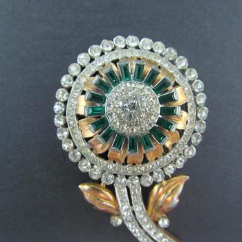 Vintage 1930's Flower Motif Rhinestone Fur Clip - Costume Jewelry