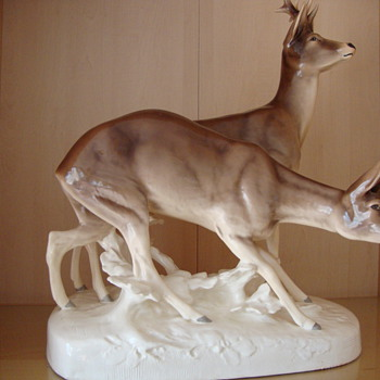 statue from deer couple