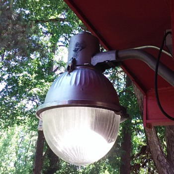 my WESTINGHOUSE 'gumball' style luminaire