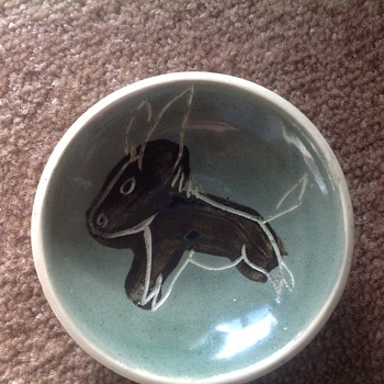 Small round pin dish? - Art Pottery
