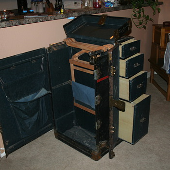 Estate Sale Trunk  - Furniture