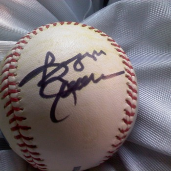MLB game used ball signed by Reggie Jackson - Baseball