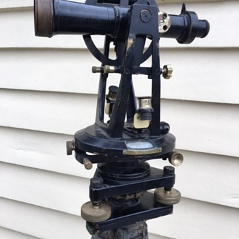 ER Watts & Son 1926 Theodolite No.12260 and Tripod