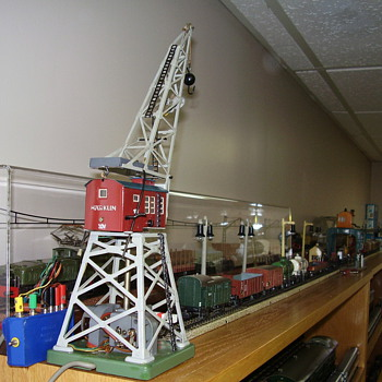 More Marklin trains and accessories. - Model Trains