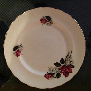 Royal Kent (Staffordshire England) pattern name question - China and Dinnerware