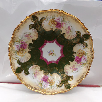 Gorgeous Bowl - China and Dinnerware