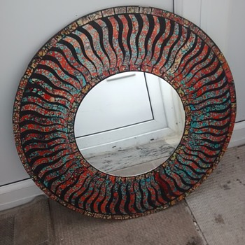 Large round Mirror with coloured outer rim no frame as such, what would be the style? - Furniture