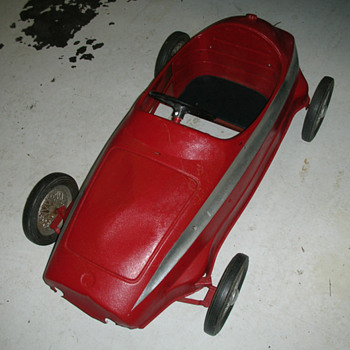Pedal car, Ferrari? - Model Cars