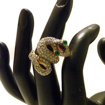 Vintage Kenneth Jay Lane Cobra Rhinestone Ring - Costume Jewelry