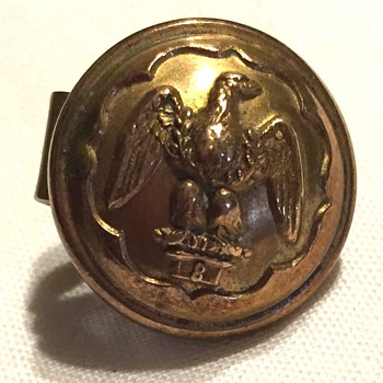 Jennens/London-Button (Tie Clip?) Official or Craft? - Military and Wartime