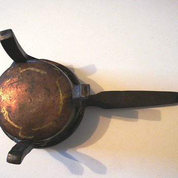 Hand made mid 19th century miniature copper pot from Sweden