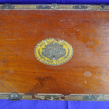 Antique wood cigar box...need more info - Tobacciana