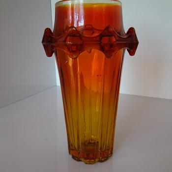 "Sylwester Drost's ""Diatret"" vase"