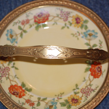 Grandmothers plate - China and Dinnerware