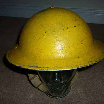 British WW11 Anti Gas Wardens helmet - Military and Wartime