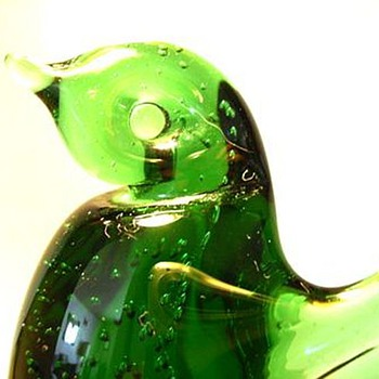 CONTEST TIME -- WHO made me?? - Art Glass