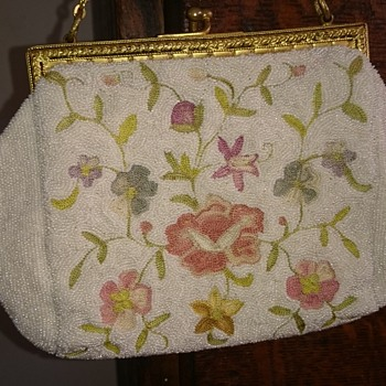 1930's french beaded floral embroided purse