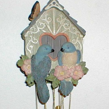 1998 - Avon Birdhouse Wind Chimes - Art Pottery