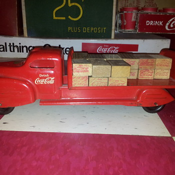 Lincoln Coke Truck - Coca-Cola