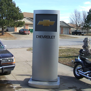 8FT  TALL CHEVROLET DEALER SHOWROOM SIGN - Signs