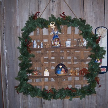 TOBACCO BASKET NATIVITY SHELF
