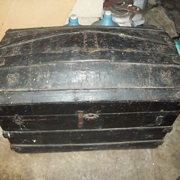 antique Barrel stave chest, trunk, steamer etc. - Furniture