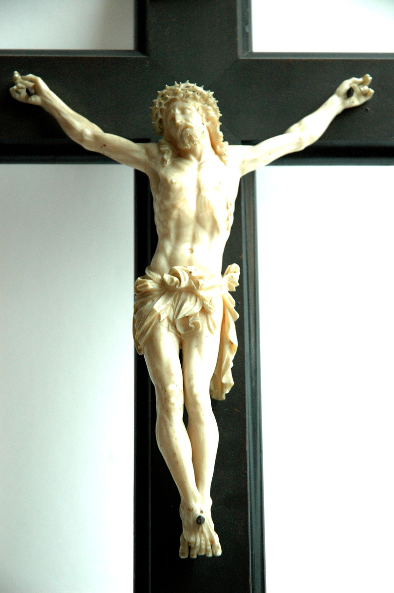 French Victorian Carved Ivory Crucifix Collectors Weekly
