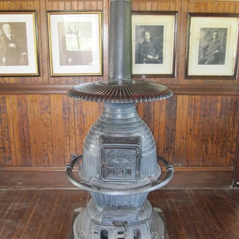 Jewel Cast Iron Railway Station Stove Shelburne Museum VT  - Railroadiana