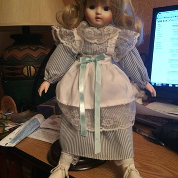 My mothers Vintage? Doll