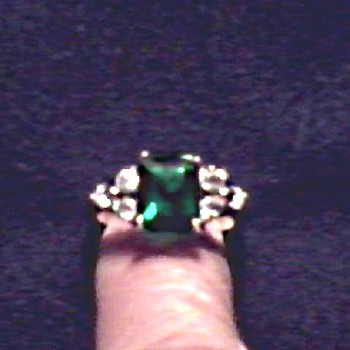 Faux Emerald and Diamond Ring /Circa 20th Century - Costume Jewelry