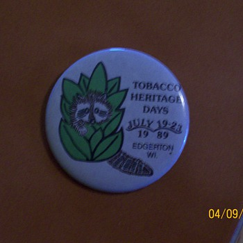 Pinback Tobacco Heritage 1989 - Medals Pins and Badges