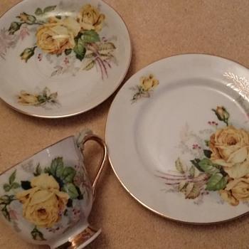 Vintage iridescent lustre ware teacup trio