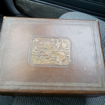 1940s John Middleton Inc. Philadelphia Tobacco Box