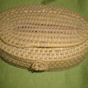 Old basket - Sewing