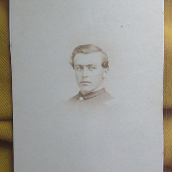 CDV of officer in 76th Pennsylvania Regiment. - Photographs