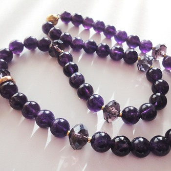Vintage Amethyst pendant 9cr and modern Amethyst bead necklace  - Fine Jewelry
