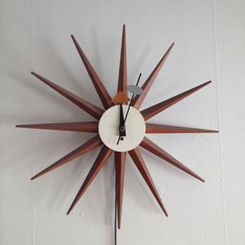 George Nelson Starburst Clock