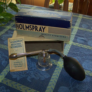 1950's HOLMSPRAY Throat and Nasal Atomizer, No. 600.  - Bottles