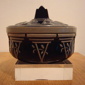 STEINWARE BOX - MARZI & REMY. - Art Pottery