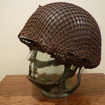 British WWII paratrooper steel helmt 1943 - Military and Wartime
