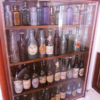 Showcases and color - Bottles