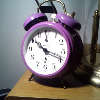 70s? not sure Wedgefield twin bell purple alarm clock - Clocks