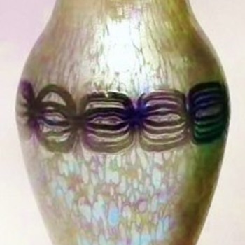 Loetz Phanomen Genre 2/177 (1902). - Art Glass