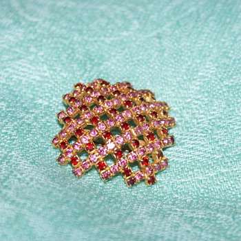 Costume Pin with Pink and Burgundy Rhinestones - Costume Jewelry